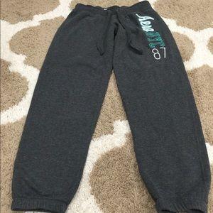 Aero NYC 87 Girls Sweatpants Gray Size Small